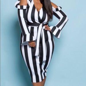 Plus size Black and white Bodycon dress